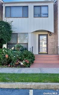 Residential Property for sale in 28 Vanderbilt Way 28, Valley Stream, NY, 11581