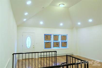 Residential for sale in 2827 Miles Avenue, Bronx, NY, 10465