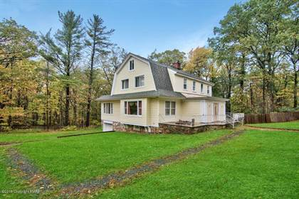 Residential Property for sale in 38 Summit Ave, Pocono Manor, PA, 18349