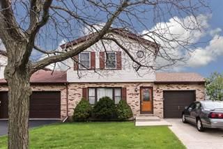 Condo for sale in 906 Glenlake Drive 906, Carol Stream, IL, 60188