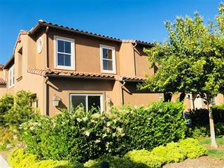 Townhouse for sale in 17019 Camino Marcilla 8, San Diego, CA, 92127