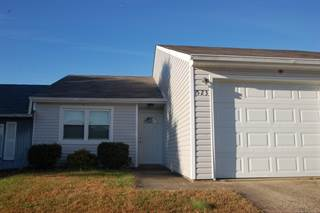 Townhouse for rent in 523 Independence Court, Radcliff, KY, 40160