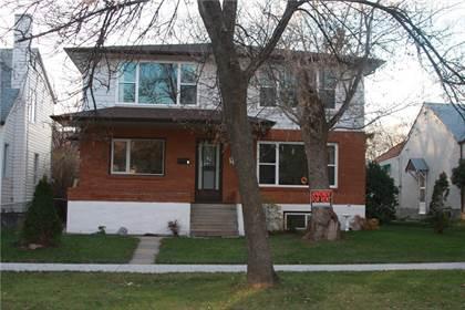 Multi-family Home for sale in 441 Langevin ST, Winnipeg, Manitoba, R2H2V7
