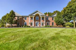 Single Family for sale in 1766 Clover Drive, Inverness, IL, 60067