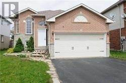Single Family for sale in 20 LESLIE AVE, Barrie, Ontario, L4N9N9