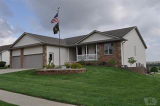 Single Family for sale in 1112 Woodland Drive, Carroll, IA, 51401