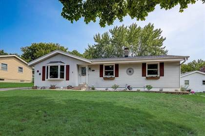 Residential Property for sale in 8114 N Pingree Ave, Milwaukee, WI, 53224