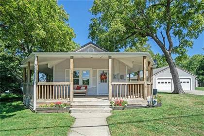 Residential for sale in 328 W 5th Street, Lawson, MO, 64062