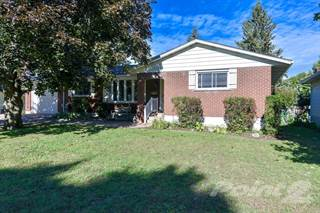 Residential Property for sale in 46 CAROL CRESCENT, Smiths Falls, Ontario