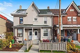 Photo of 27 LUTTRELL AVE, Toronto, ON M4C5E2