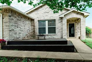 Single Family for sale in 5316 Driftway Drive, Fort Worth, TX, 76135