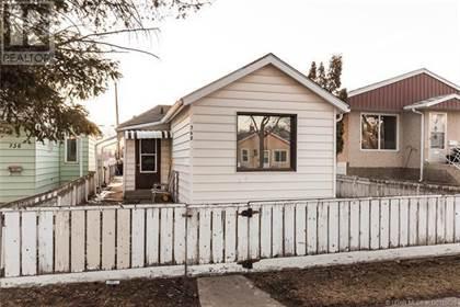 Single Family for sale in 740 12 Street N, Lethbridge, Alberta, T1H2H4