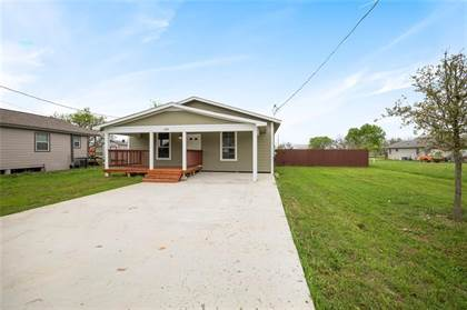 Residential for sale in 408 E Carrie Manor ST, Manor, TX, 78653