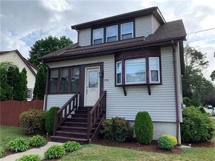 Residential for sale in 876 Warwick Avenue, Warwick, RI, 02888