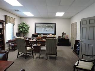 Comm/Ind for rent in 58 TRUCK CENTER, Jackson, TN, 38305