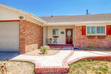 Residential for sale in 428 RIDGEMONT Drive, El Paso, TX, 79912