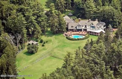 Residential Property for sale in 1 Coach Rd, Bear Creek, PA, 18602
