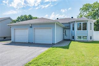 Photo of 66A MEADOWLANDS DRIVE W, Ottawa, ON