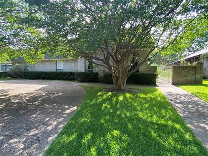Residential Property for rent in 7205 Claybrook Drive, Dallas, TX, 75231