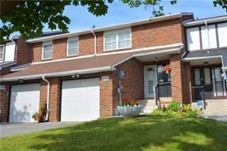 Condo for sale in 272 Simonston Blvd 22, Markham, Ontario
