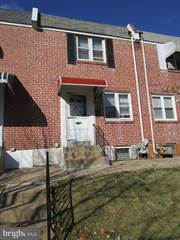 Townhouse for sale in 5 HARTRANFT AVENUE, Norristown, PA, 19401
