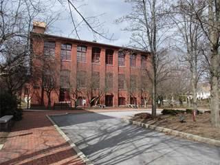 Condo for rent in 839 Main Street 28, Torrington, CT, 06790