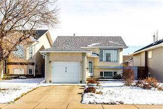 Residential Property for sale in 676 Red Crow Boulevard W, Lethbridge, Alberta, T2K 7L7