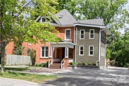 Residential Property for sale in 471 BURLINGTON Ave, Burlington, Ontario, L7S 1R6