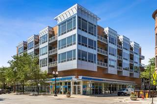 Condo for sale in 3920 North Sheridan Road 403, Chicago, IL, 60613