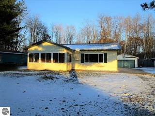 Single Family for sale in 2655 Lone Pine Road, Farwell, MI, 48622