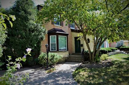 Residential Property for sale in 6553 North Trumbull Avenue, Lincolnwood, IL, 60712