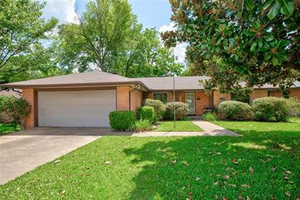 Residential for sale in 3232 S Franklin Street, Dallas, TX, 75233