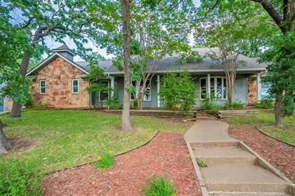 Residential for sale in 2807 Marquis Circle W, Arlington, TX, 76016