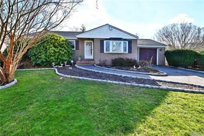 Residential Property for sale in 308 Cedarhurst Street, Central Islip, NY, 11752