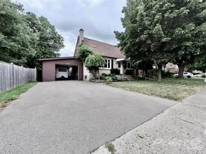 Residential for sale in 176 NEILSON Avenue, Waterloo, Ontario, Waterloo, Ontario, N2J 2M1