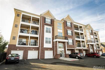 Residential Property for sale in 712 Liberty Court, Piscataway, NJ, 08854