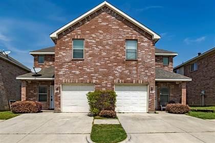 Residential for sale in 2317 Aldergate Drive, Arlington, TX, 76012