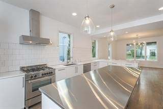 House for sale in 2112B Carter Ave, Nashville, TN, 37206