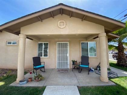 Residential for sale in 391 W Spruce Avenue, Pinedale, CA, 93650