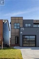 Condo for sale in 1 75 Aquitania Circle W, Lethbridge, Alberta, T1J5M5