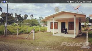 """Residential Property for sale in """"El Cruce"""" 2 Bedroom 2 Bath Home - Titled lot - Walk to Everything, Hone Creek, Limón"""