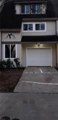Townhouse for sale in 3846 Chimney Creek Drive, Virginia Beach, VA, 23462