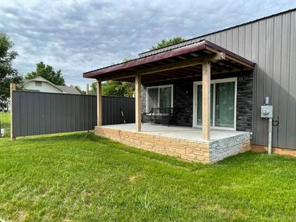 Residential Property for sale in 801 & 803 Savannah St, Mound City, MO, 64470