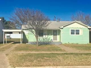 Single Family for sale in 1130 W Lynn Street, Slaton, TX, 79364