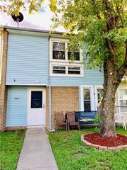 Townhouse for sale in 5815 N Cherokee Cluster, Virginia Beach, VA, 23462