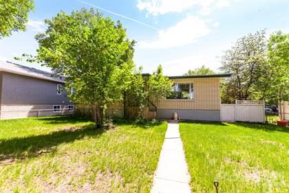 Residential for sale in 1129 Braemar ST SE, Medicine Hat, Alberta, T1A 0W1