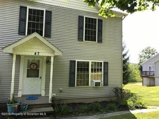 Townhouse for sale in 979 S Waterford Rd, Dalton, PA, 18414