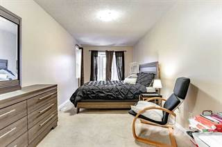 Residential Property for sale in 116 Sandfield Dr, Aurora, Ontario