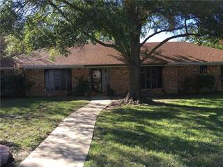 Single Family for sale in 200 W Oaks Circle, Sulphur Springs, TX, 75482