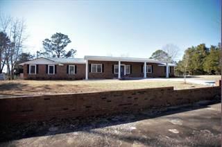 Single Family for sale in 704 N Cummings St., Fulton, MS, 38843